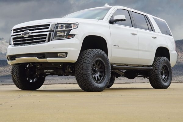 """SuperLift 6.5"""" Lift Kit For 2015-2016 Chevy Tahoe 1500 4WD with OE CAST Steel Control Arms"""